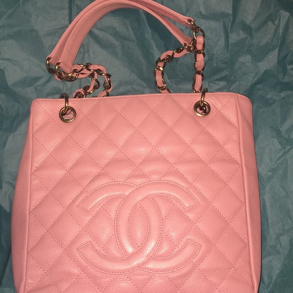 d1d2aeb15b87 CHANEL Handbags - Chanel pink Petite shopping Tote